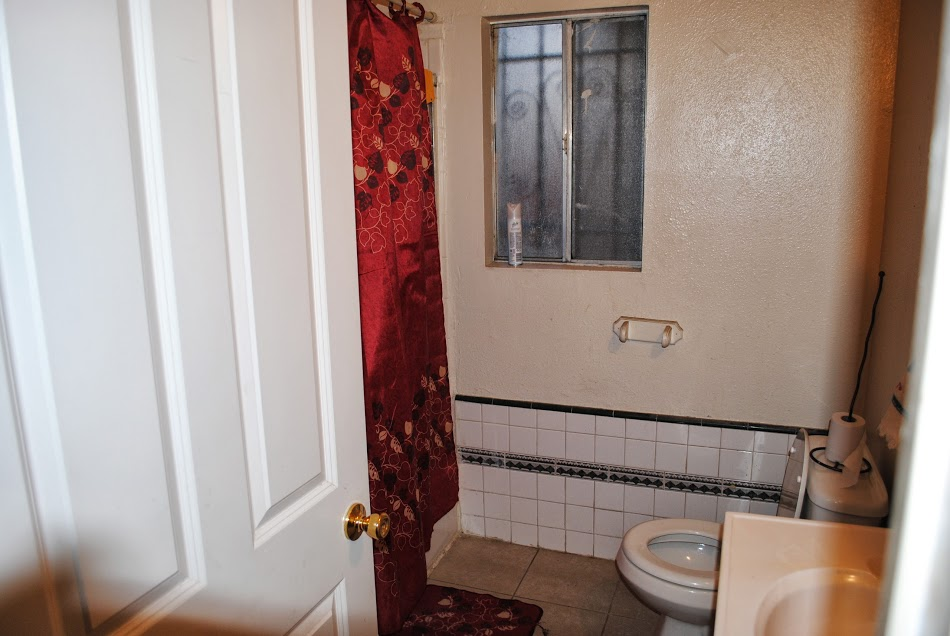 Home 2 Bathroom.jpg