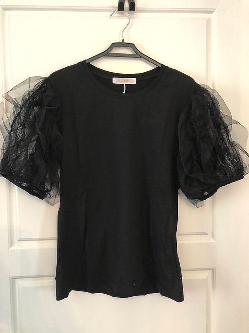 RUFFLE SLEEVE BLACK