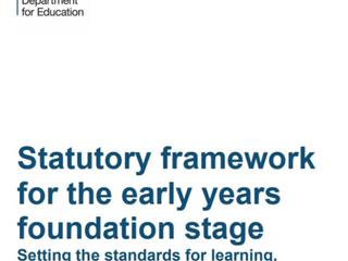 Programme EYFS - Qu'est-ce que c'est et pourquoi est-ce si important ?