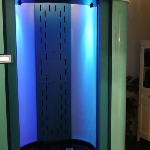 Room 6 // PURA Spray Tan Booth