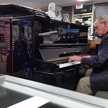 Yamaha Piano Demo U3