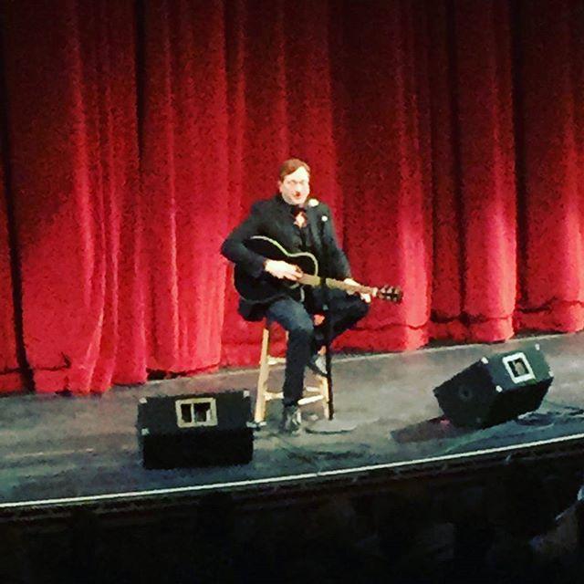 Bob Saget at Raue Center using #recordingkingofficial guitar from  piano trends