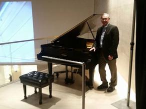Piano Trends Installs Baldwin Grand at Merchandise Mart