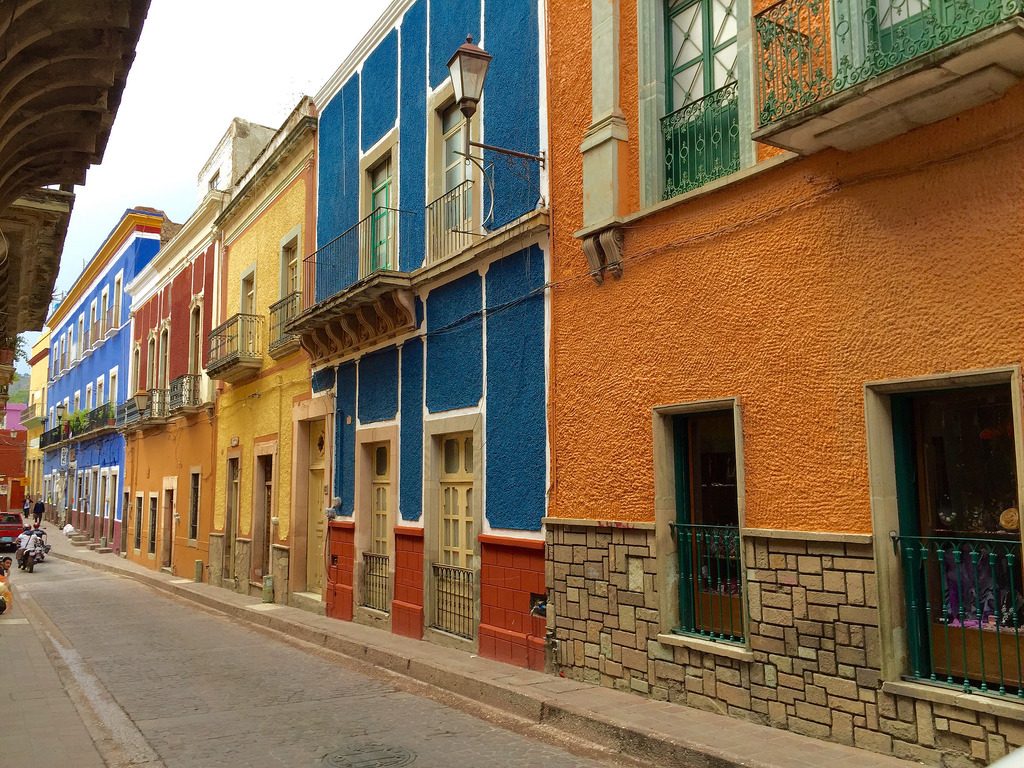 Colorful buildings in Guanajuato, MX