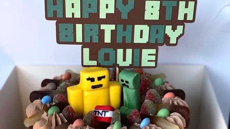 Minecraft/Roblox style Cake topper