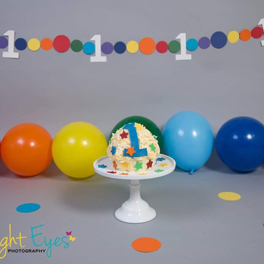 Rainbow bunting and floor circles