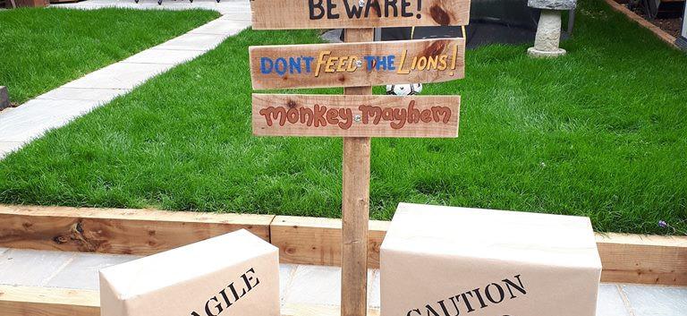Jungle Sign post.jpg