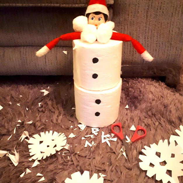 Elf on the Shelf Loo roll snowman