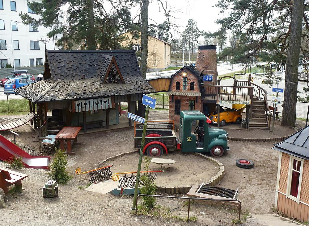 En överblick över Mulle Mecks lekplats i Solna