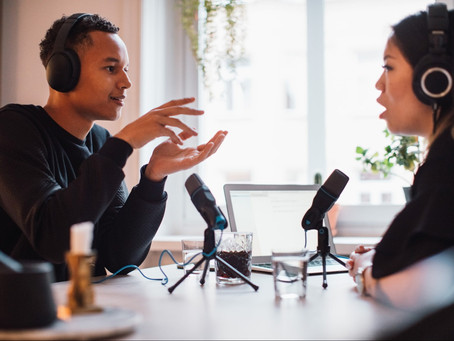 HOW TO HAVE COMPELLING B2B PODCAST CONVERSATIONS