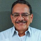 Dr. Oscar Felipe de la Cruz