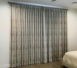 Blackout curtais