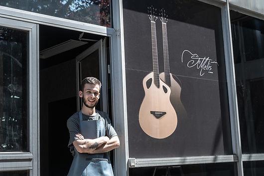 Luthier à portet-sur-garonne.jpg