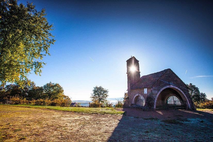 Christelle Debarnot . Chapelle de-Charcuble Bissy-la-Mâconnaise