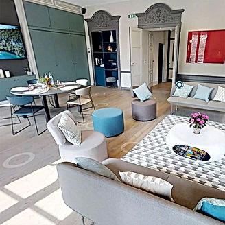 CARRE_villa_lounge.jpg