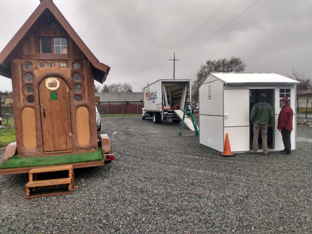Bay Area Homeless Taught to Design, Build Shelter Using Found Materials
