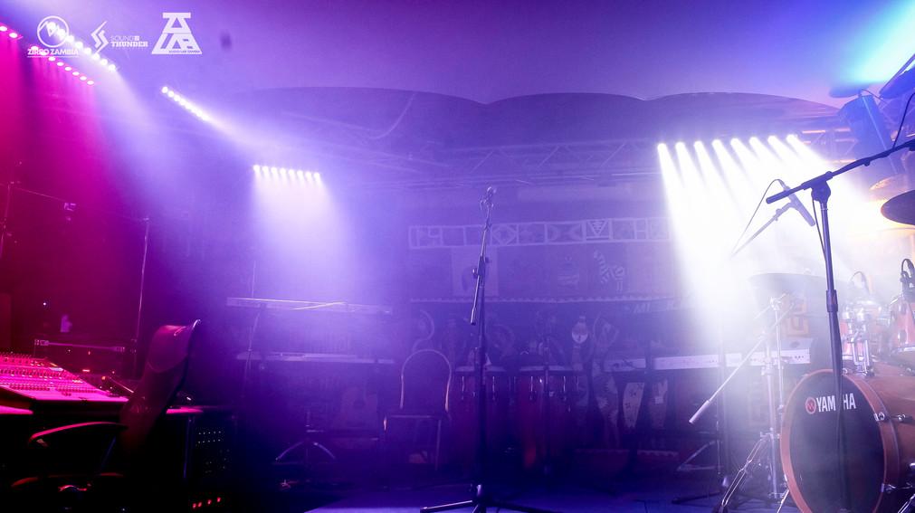 AUDIOLAB - PICS - LIGHTS ON-10.jpg