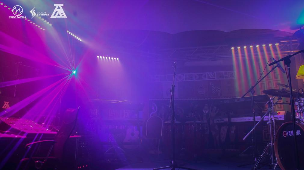 AUDIOLAB - PICS - LIGHTS ON-8.jpg