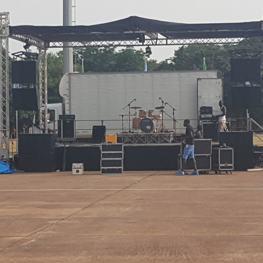 Stage BUild