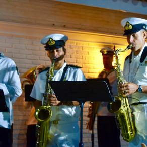Concierto de La Banda de Parada de la Armada Nacional en la Liga