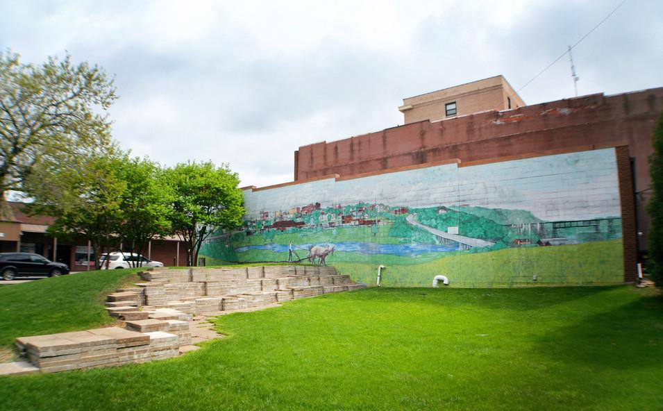 Sumner Heman Mural