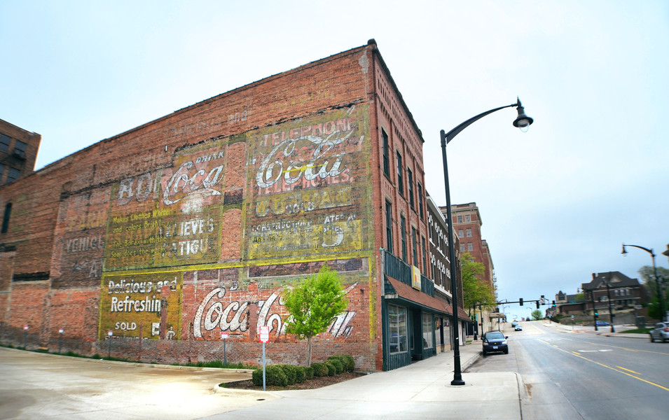 Ghost Signs: The Remains of Painted Advertisement