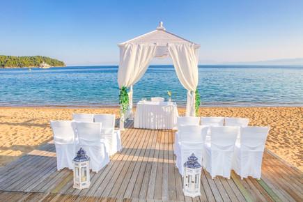 wedding-2566071_1920.jpg