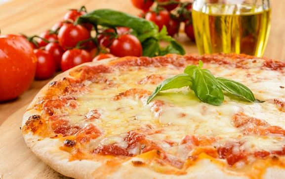 Pizza-margherita-57102-2.jpg