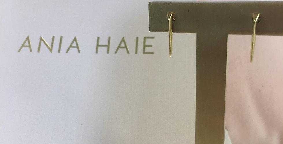 Straight Spike Stud Earrling Gold