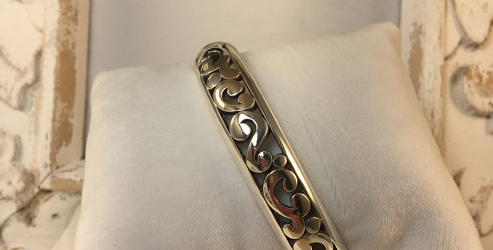 Contempo Medium Hinged Bangle