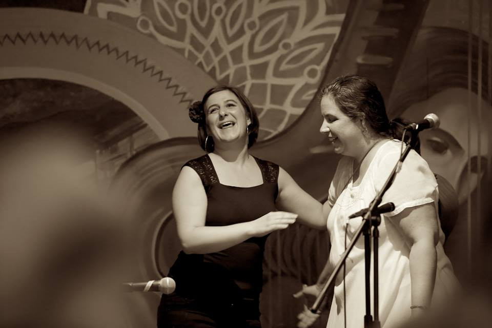 Left to right: Marina Romani, Maria De La Rosa © Eli Jacobs-Fantauzzi