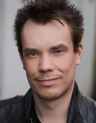 Darren McQuade Acting Headshot