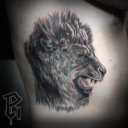 roaring lion tattoo