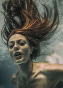 Underwater Glorya