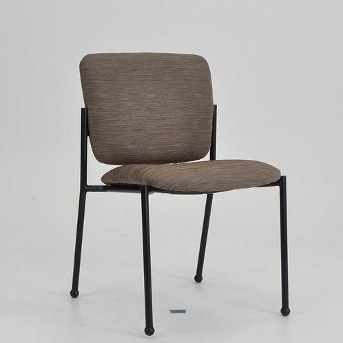 Monterey II 4-leg chair