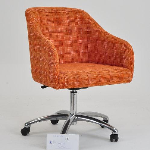 Kudl chair in orange