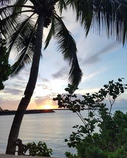 O'ahu's sunset.jpg.jpg.jpg.jpg When Hawai'i stole my heart.jpg