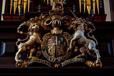 Wren Chapel Crest