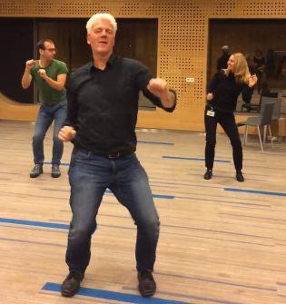 Opa maakt een dansje (wk 47)
