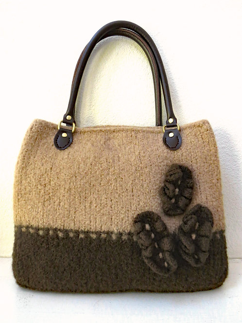 Cafe au Lait Felted Purse Pattern