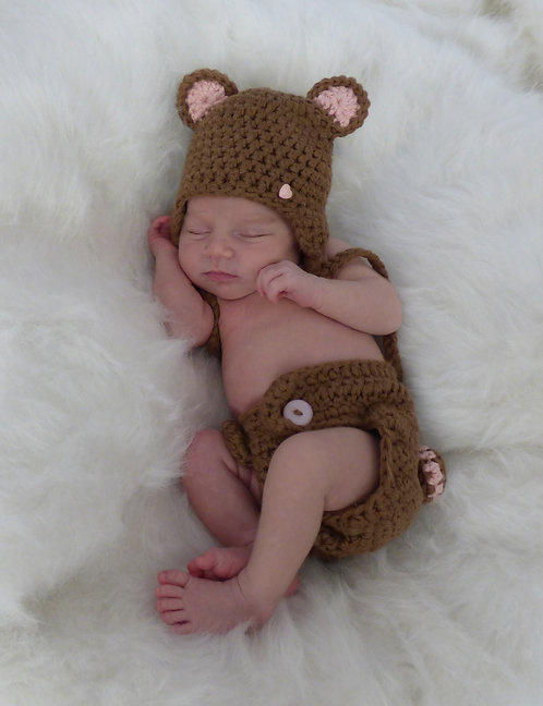 Baby Bear Diaper Cover and Hat Pattern