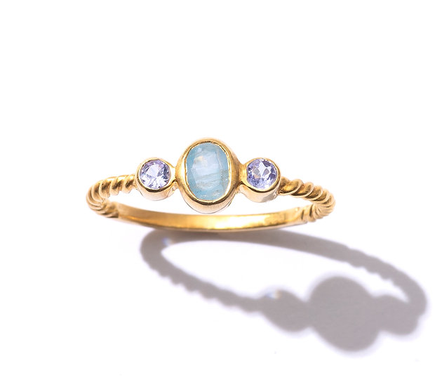 The Taji ring (Aquamarine)
