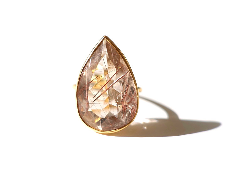 The Taji ring (Copper rutilated Quartz)