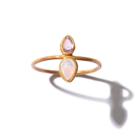 The Taji ring (Opal, Tourmaline)