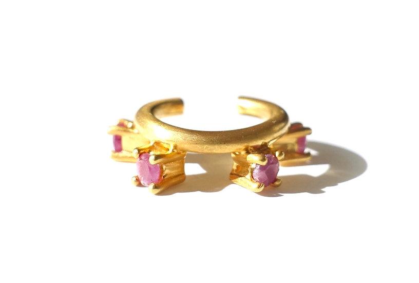 The Taji ear cuff (Ruby)