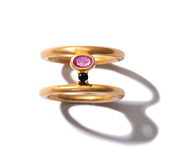 The Taji double ring (Pink Sapphire)