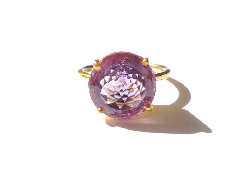 The Taji ring (Amethyst)