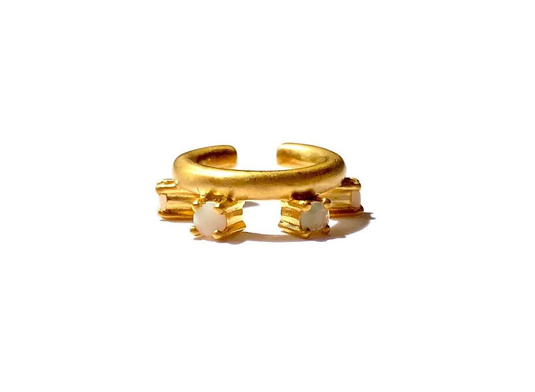 The Taji ear cuff (Opal)
