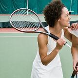 Frauen Tennis spielen