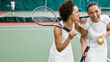 Vrouwen tennissen